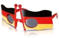 Fußball-EM-Brille mit Deutschland-Flaggen
